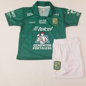 Club leon kid's soccer Jersey and shorts